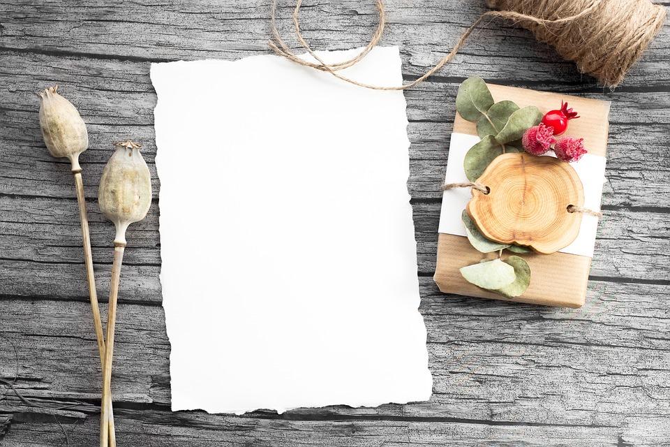 Comment créer une carte d'invitation pour vos clients ou vos partenaires ?